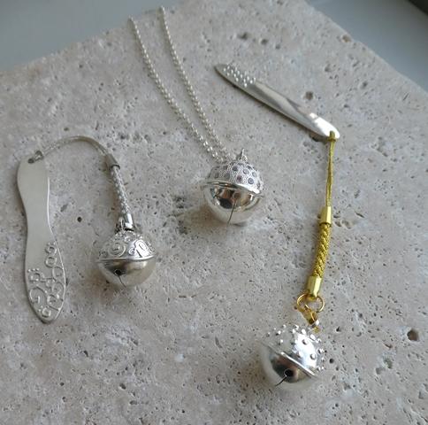 銀粘土でつくる鈴のチャーム